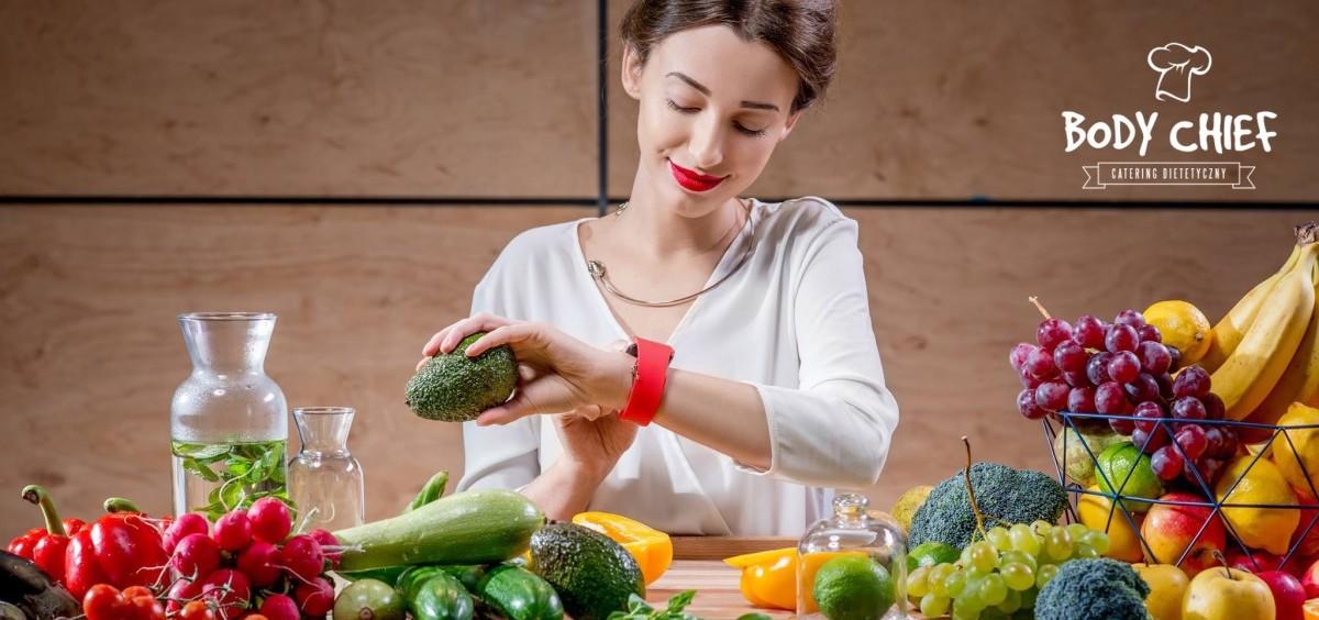 Co jeść, żeby schudnąć? Zasady i produkty