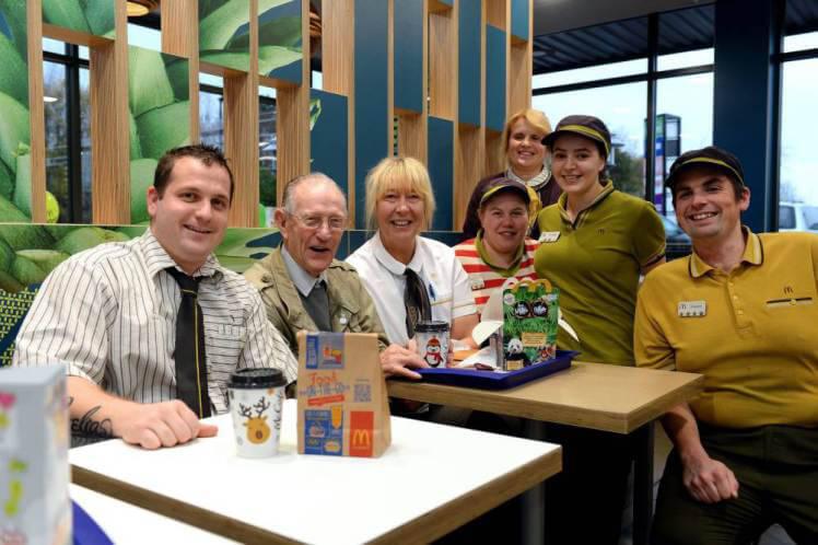 Urodziny w McDonald's urządzone dla 93 latka