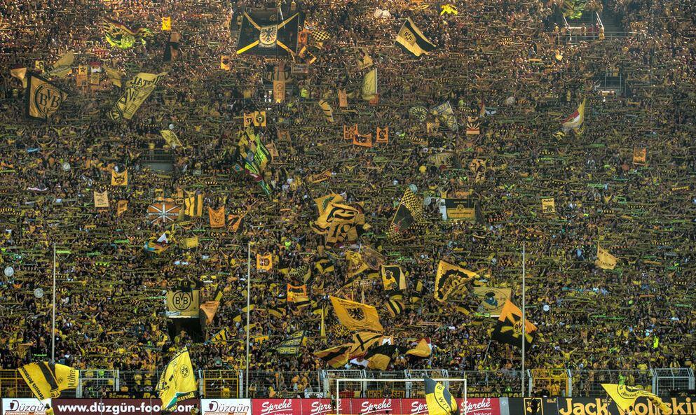 Dortmund-Yellow-Wall