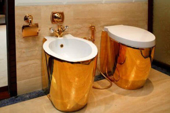 Gold Toilet and Jacuzzi clear the new trend of luxury yachts