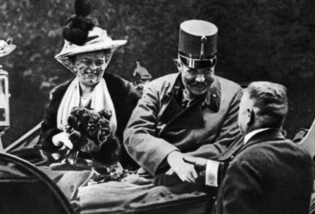 Archduke Franz Ferdinand with his wife on the day they were assassinated by Gavrilo Princip, 28 June 1914 - Imgur