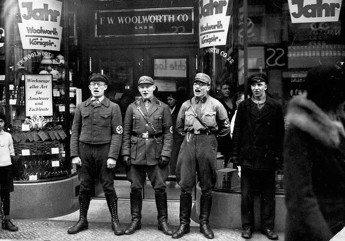 Nazis singing to encourage a boycott of the allegedly Jewish-founded Woolworths, 1933 - Imgur