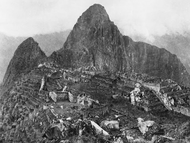 The first photograph upon discovery of Machu Picchu, 1912 - Imgur