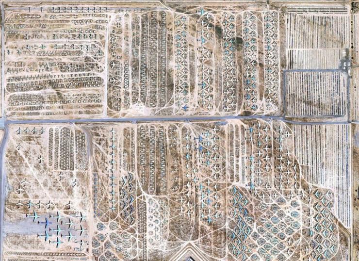 04-plane-graveyard