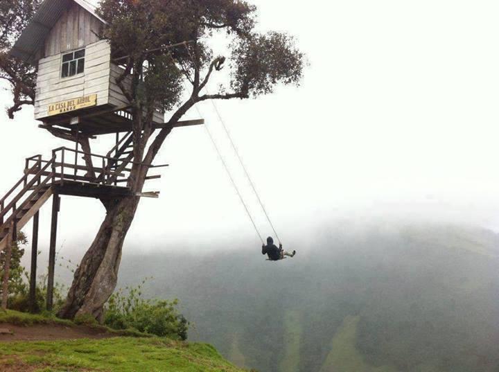 Swing at the edge of the world, Baños Ecuador
