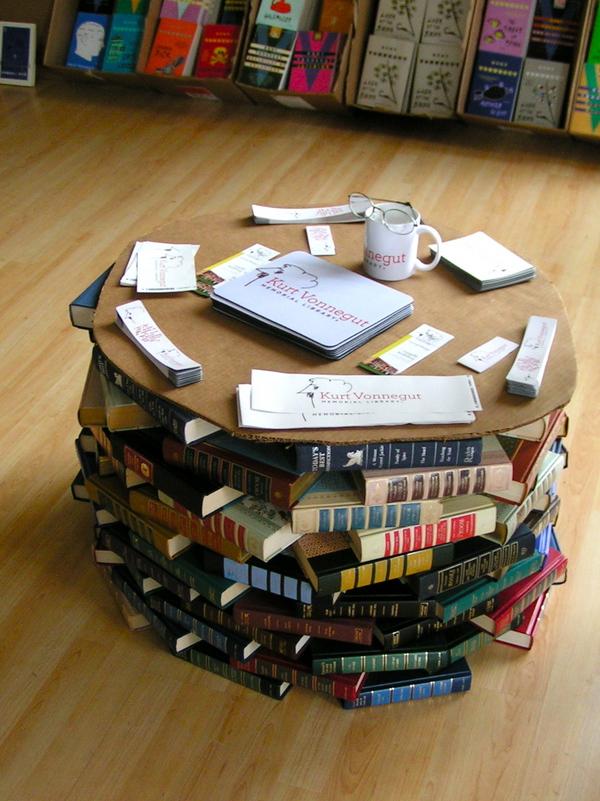 bundleofbooks.files.wordpress.com
