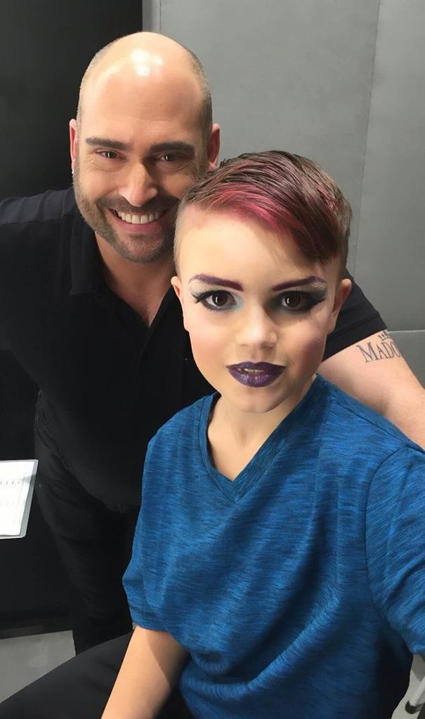 lekcja makijażu dla syna