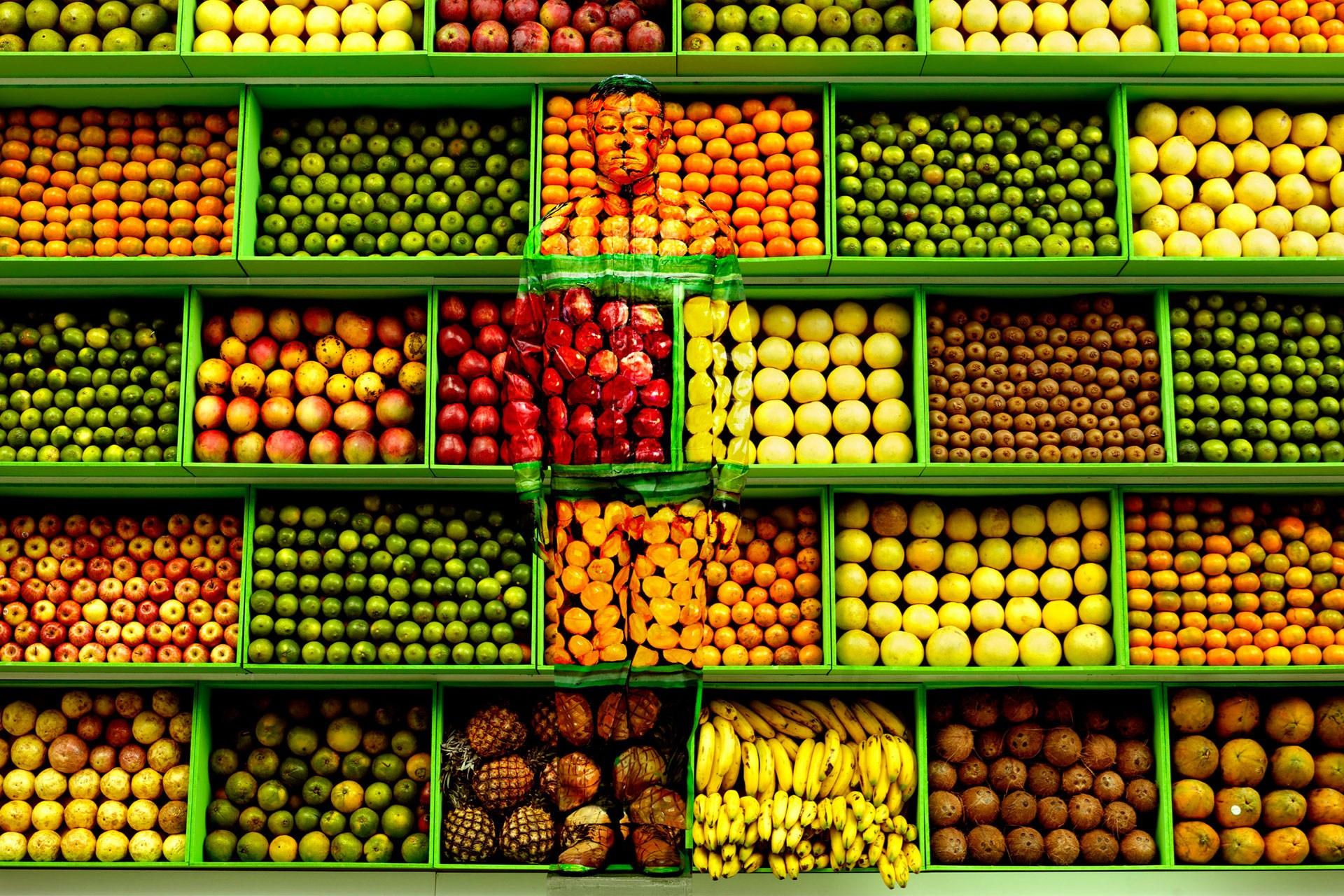 liu-bolin-Hiding-in-Venezuela-No-3-Tropical-Fruits-2013-conde-nast-traveller-22oct14-klein-sun-gallery-liu-bolin