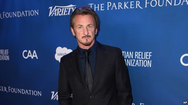 Sean Penn na czerwonym dywanie