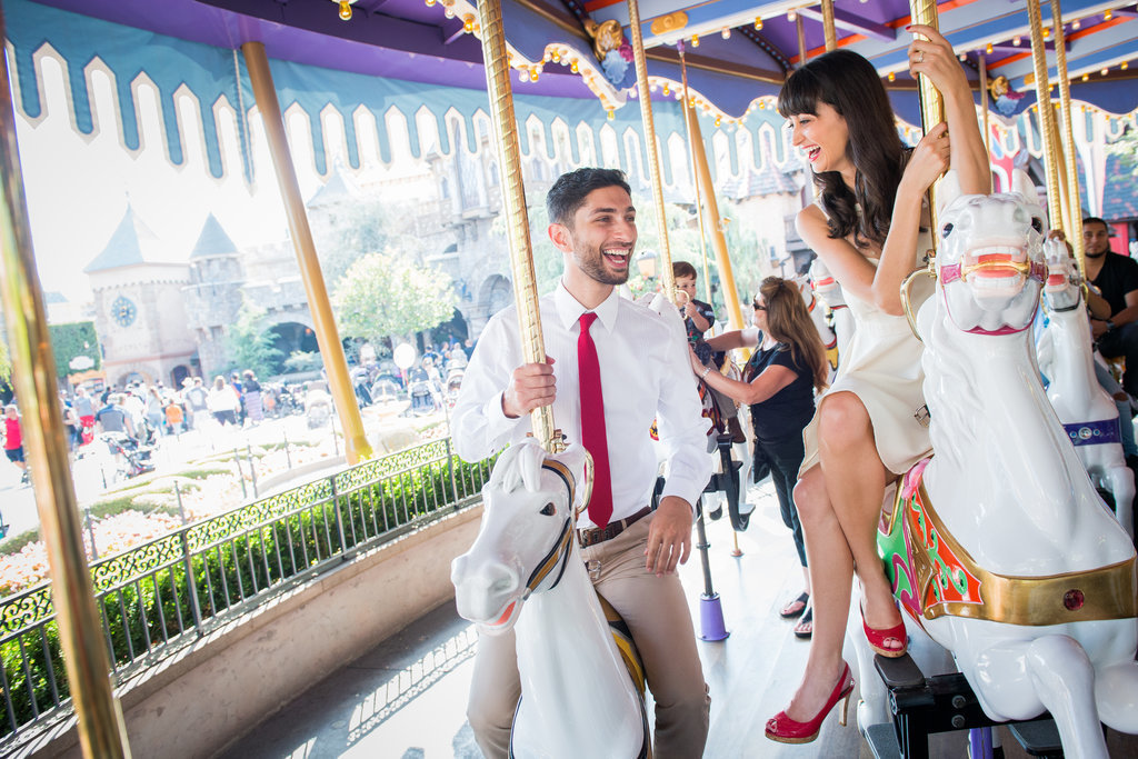 Disneyland-Engagement-Pictures (11)