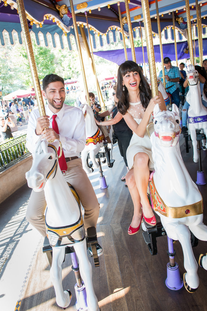 Disneyland-Engagement-Pictures (12)
