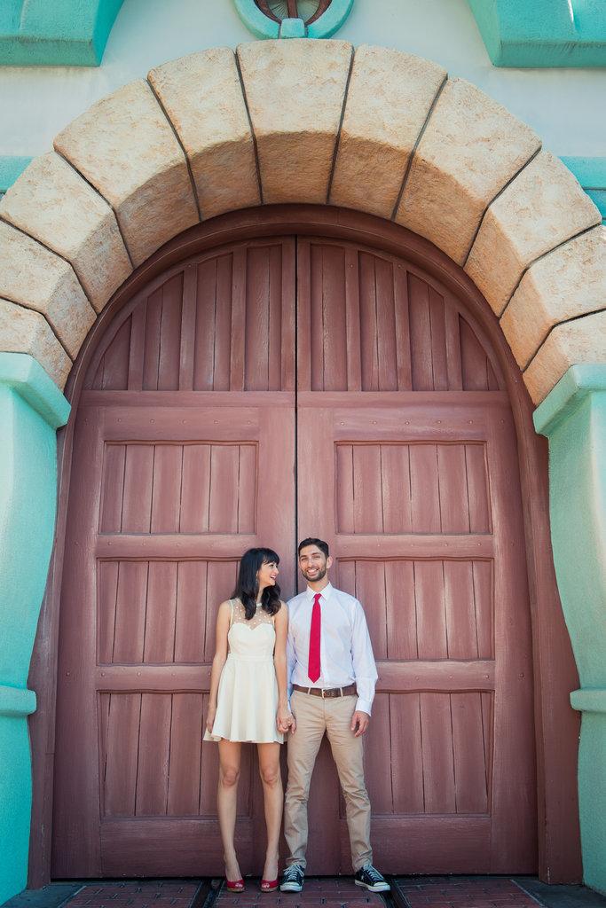 Disneyland-Engagement-Pictures (16)