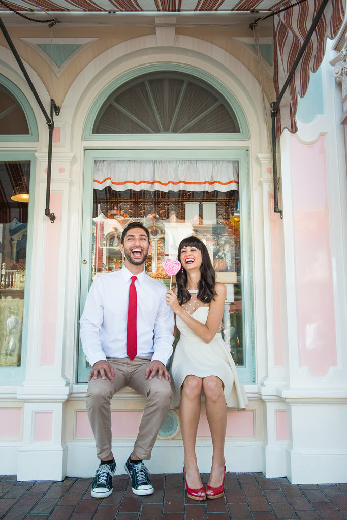 Disneyland-Engagement-Pictures (2)