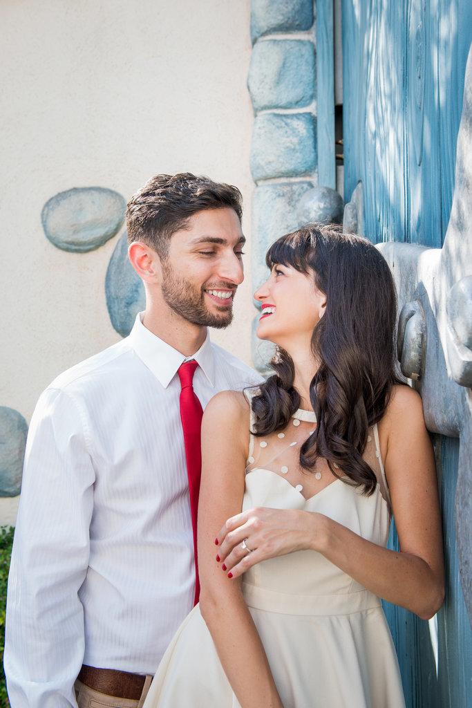 Disneyland-Engagement-Pictures (23)