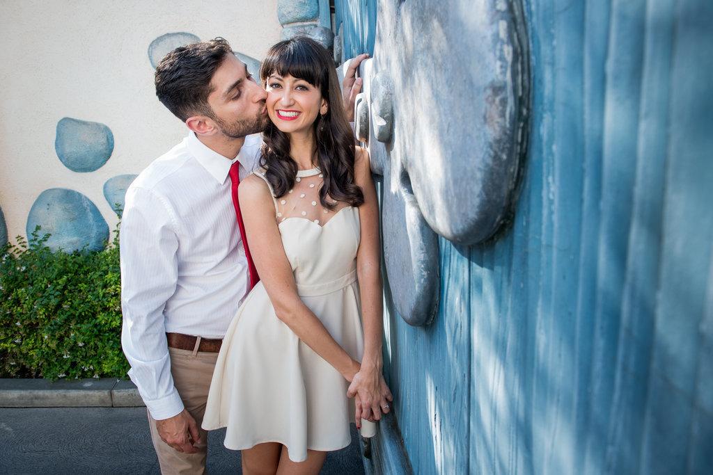 Disneyland-Engagement-Pictures (24)