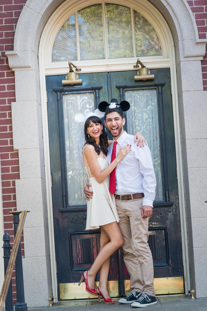 Disneyland-Engagement-Pictures (26)