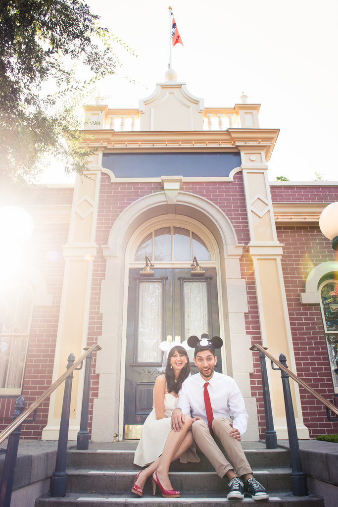 Disneyland-Engagement-Pictures (27)