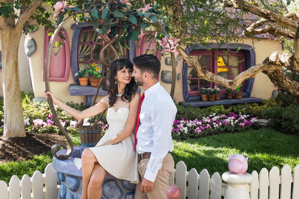 Disneyland-Engagement-Pictures (34)