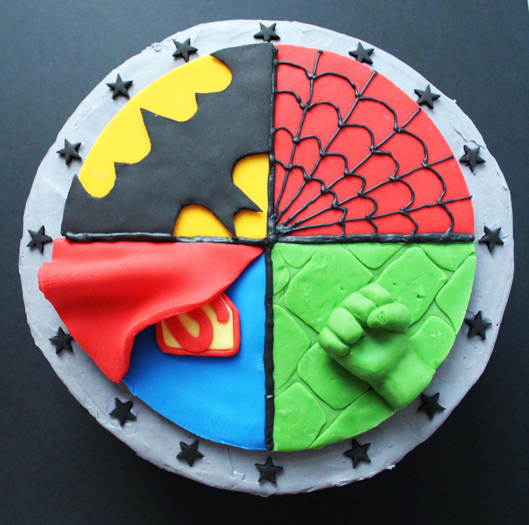 SUPERHERO-CAKE-4