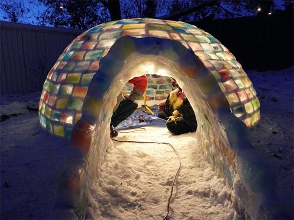 The rainbow igloo – A back garden in Edmonton, Canada