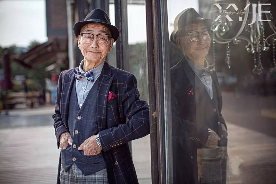 grandfather-farmer-fashion-transformation-grandson-xiaoyejiexi-photography-5