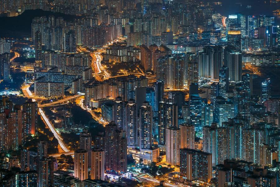 hong-kong-at-night-from-above-1