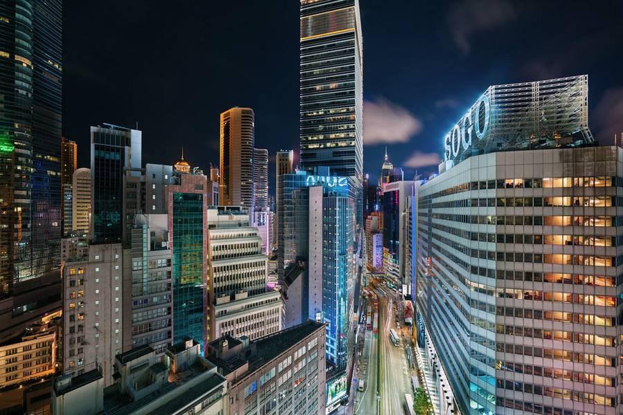 hong-kong-at-night-from-above-4