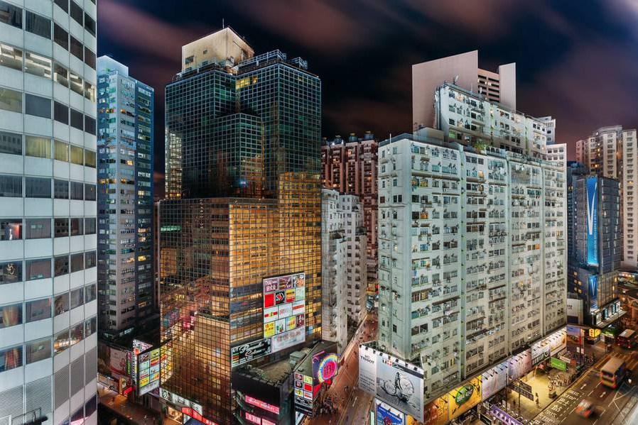 hong-kong-at-night-from-above-5