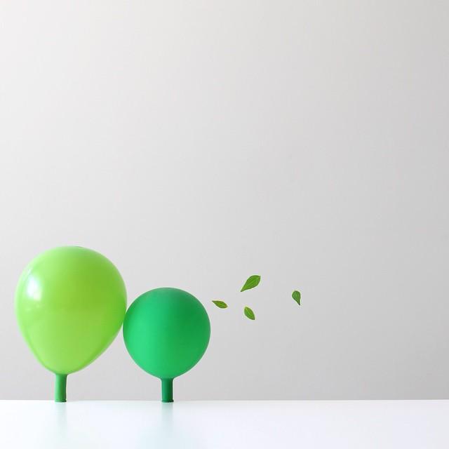 minimal-photography-funny-balloons-peechaya-burroughs-10