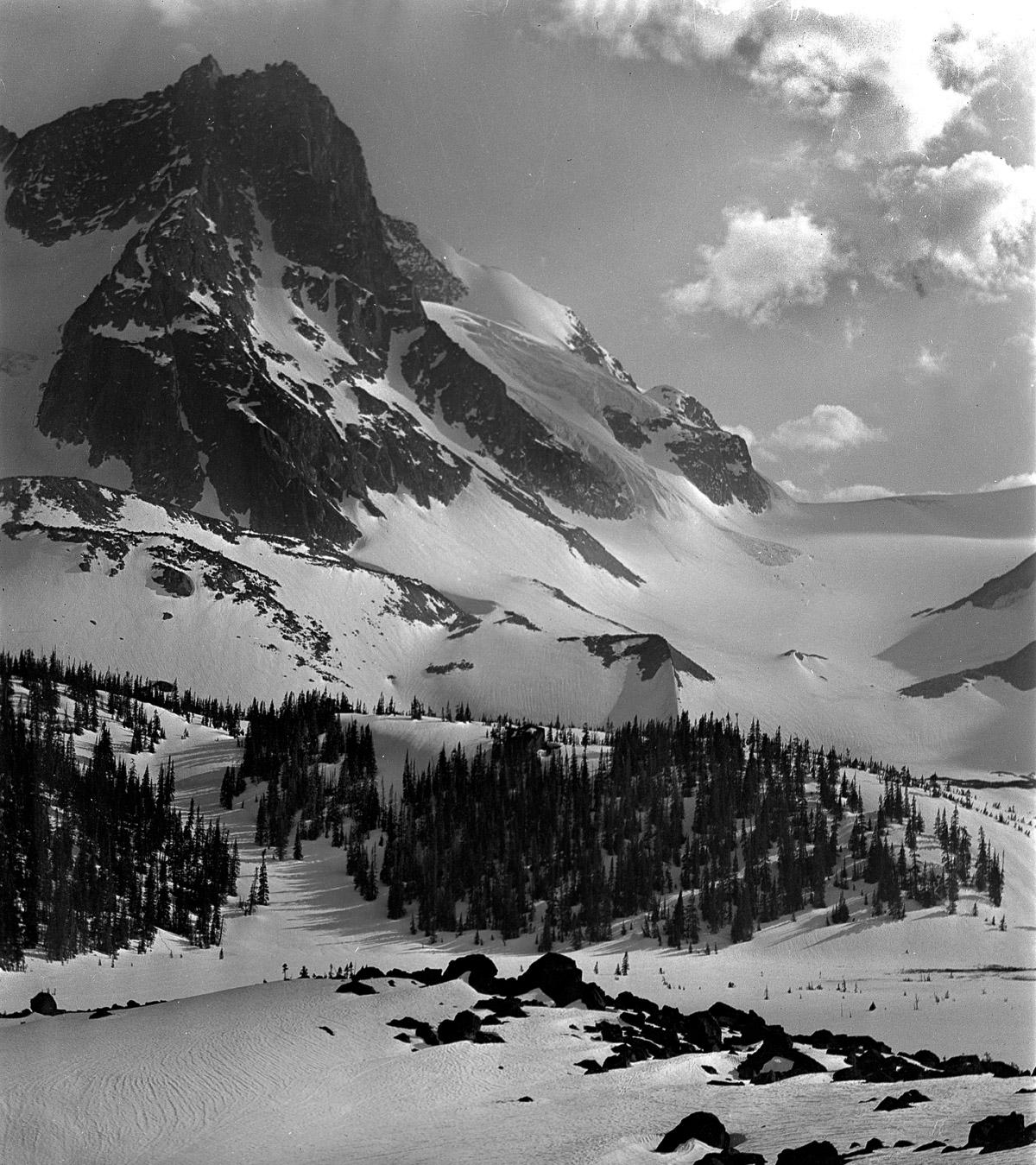 skiing-13