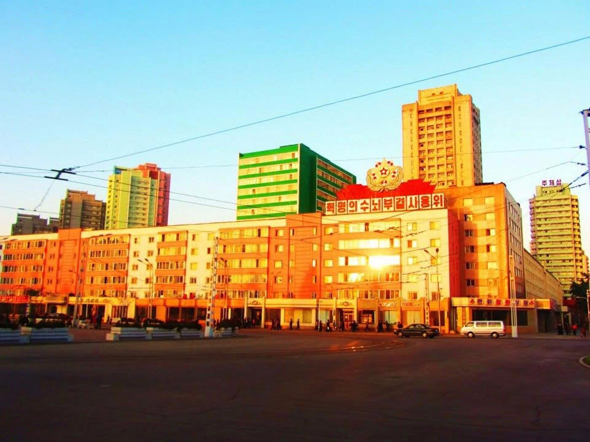 they-noticed-that-there-were-hardly-any-cars-or-vehicles-on-the-roads-of-central-pyongyang-in-part-because-of-the-high-poverty-rate-in-north-korea-although-there-have-been-some-changes-to-pyongyang
