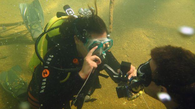 _88463991_underwaternew