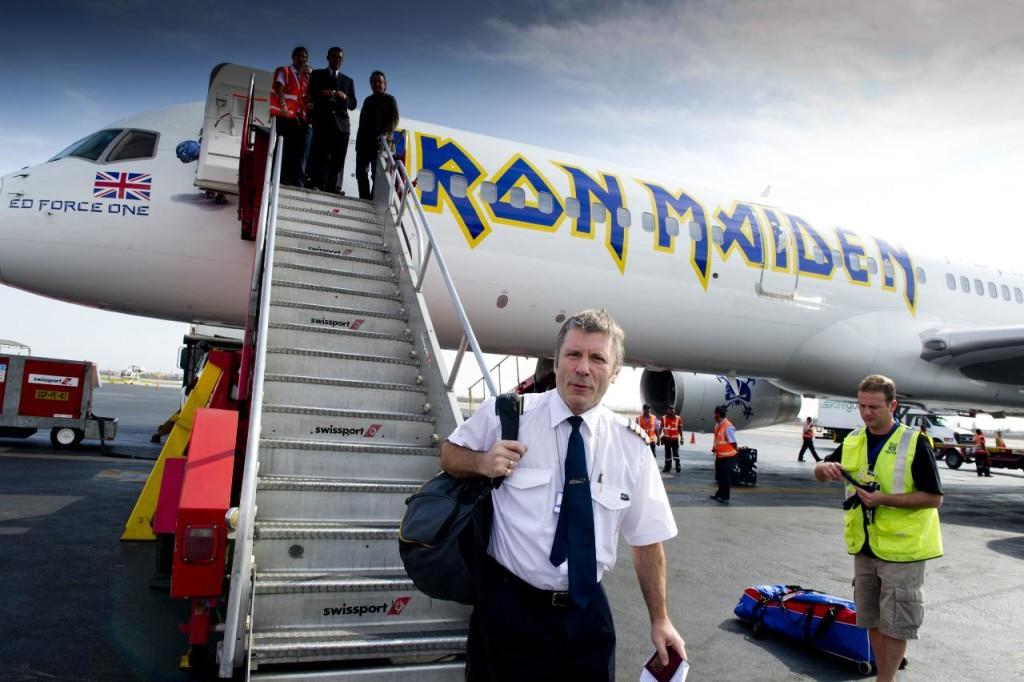 samolot iron maiden wypadek