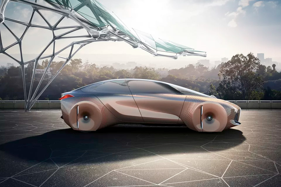 bmw-augmented-reality-concept-car-03