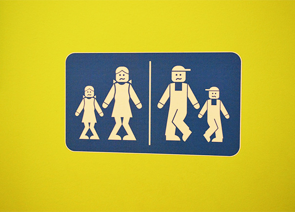 funny-bathroom-signs-32__605