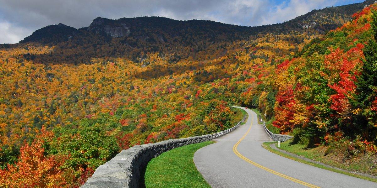 The Blue Ridge Parkway (USA)