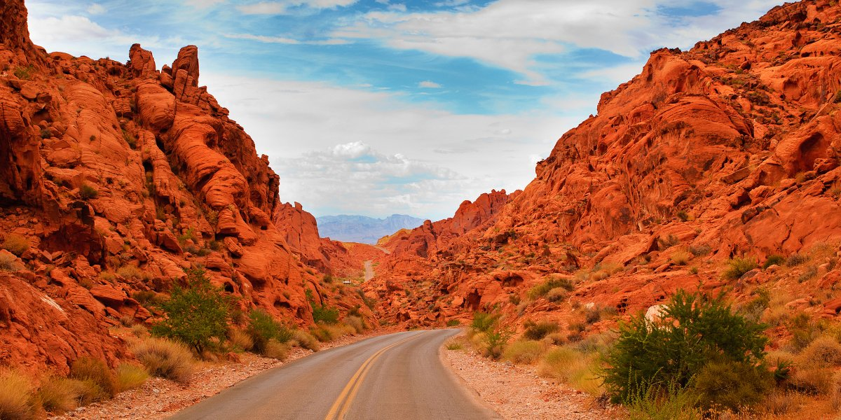 The Valley of Fire Road (Nevada, USA)