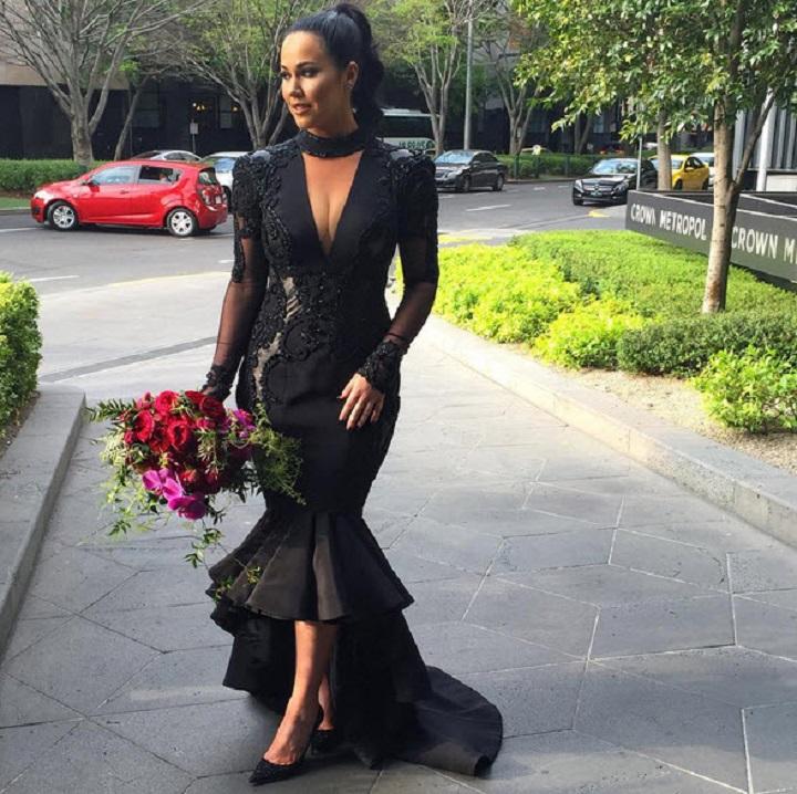 Panna młoda w czarnej sukni