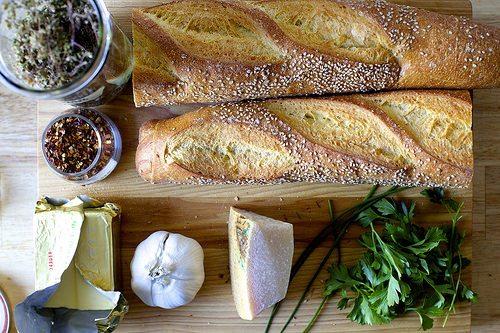 Przepis na chleb czosnkowy