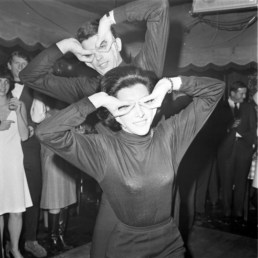 """BATMAN - """"Batman Premier Party"""" - Shoot date January 12, 1966. (Photo by ABC Photo Archives/ABC via Getty Images) BATMAN FANS"""