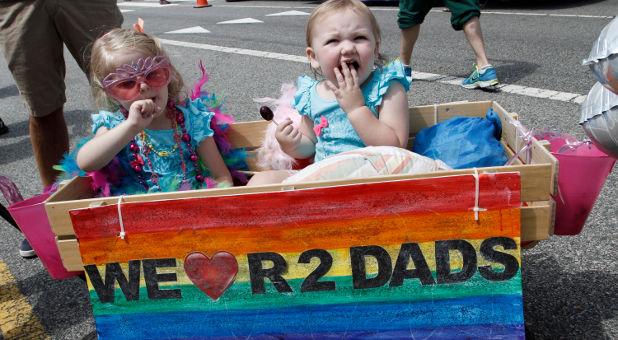 związki homoseksualne mogą adoptować