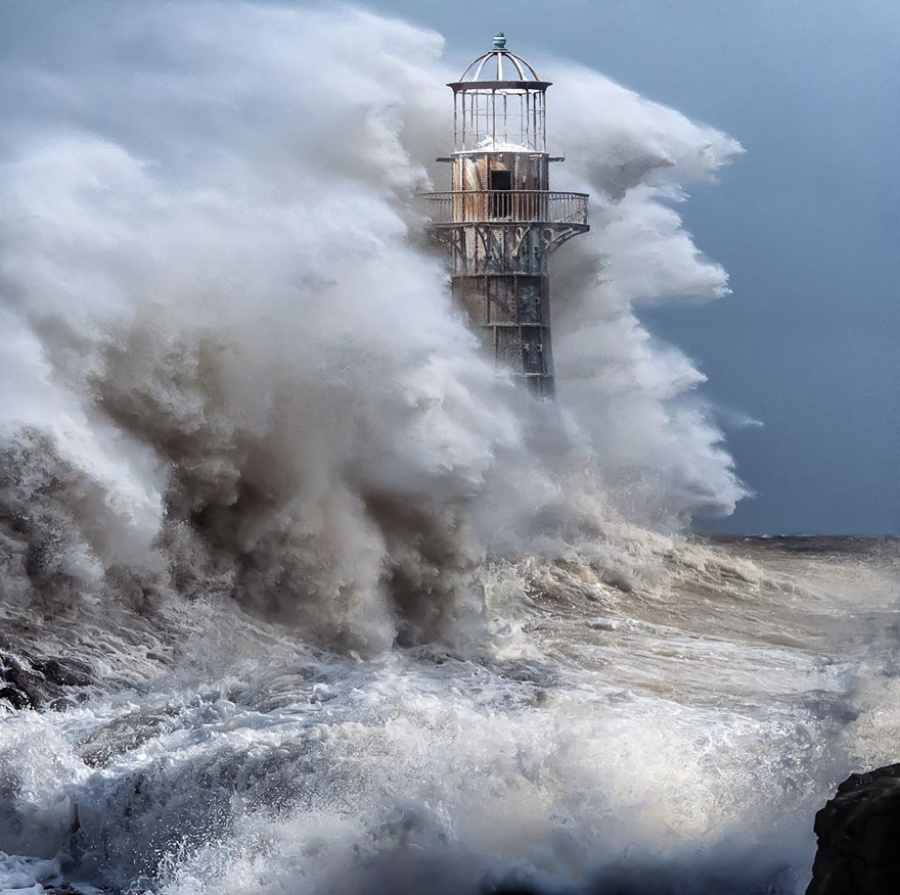 Whiteford Lighthouse, England