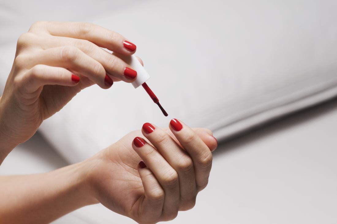 błędy podczas robienia manicure