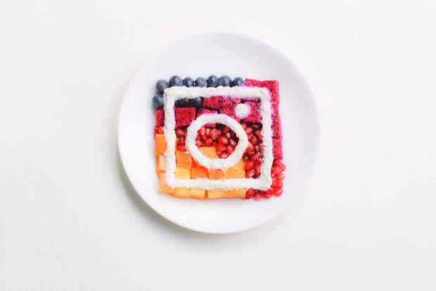 artyści tworzą nowe logo Instagrama