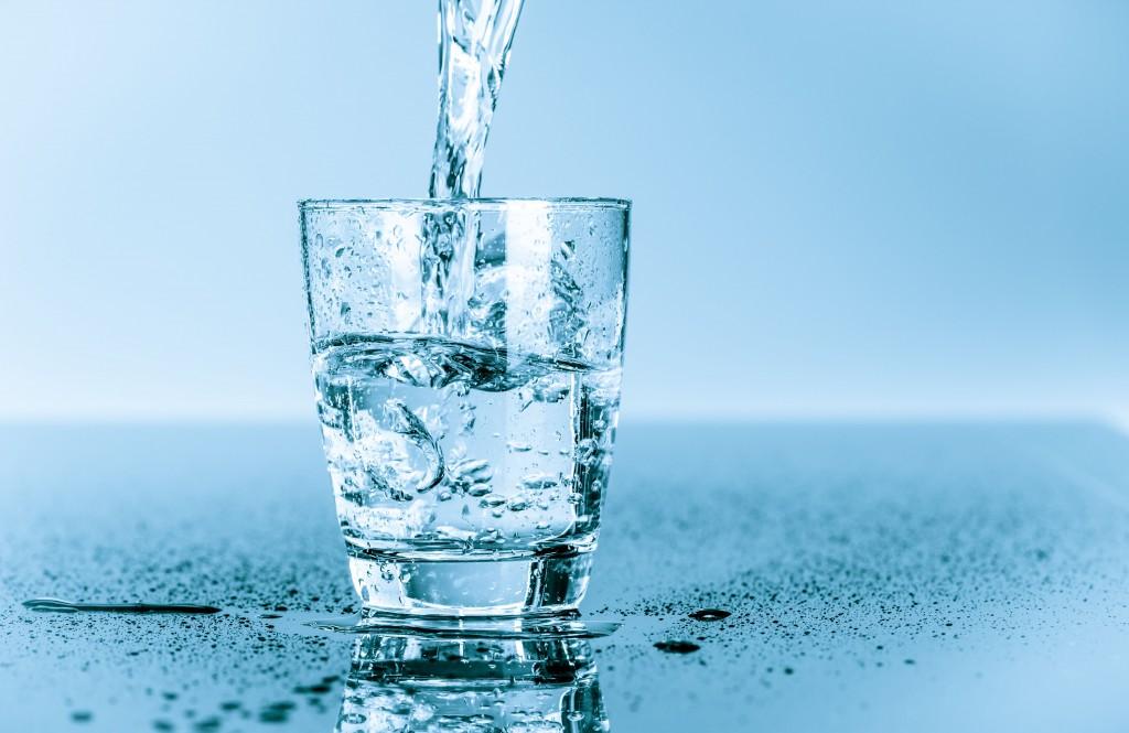 Ile wody powinieneś pić