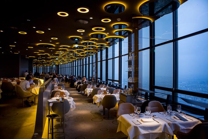 Le Ciel de Paris - 10 restauracji, z najwspanialszym widokiem w Paryżu