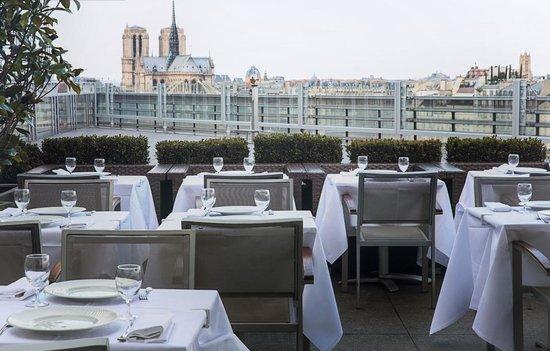 Le Zyriab by Noura - 10 restauracji, z najwspanialszym widokiem w Paryżu