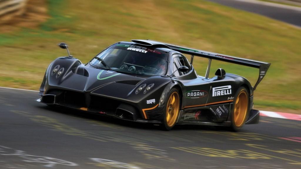 samochody wyścigowe