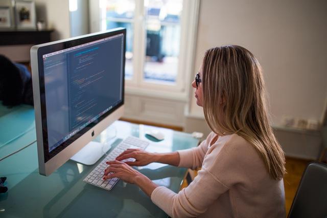 jak zostać dobrym blogerem