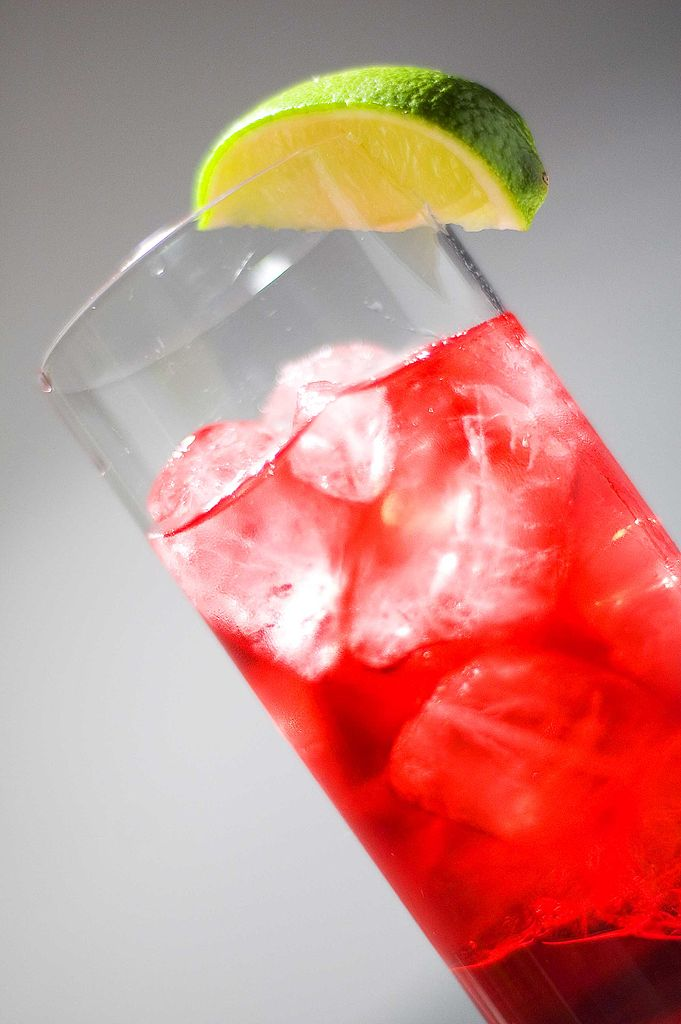 proste przepisy na drinki
